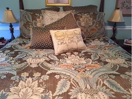 10 Piece Queen Bedding